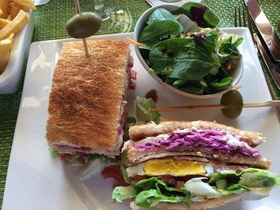 Kempinski Hotel San Lawrenz : The Kempinski Club Sandwich