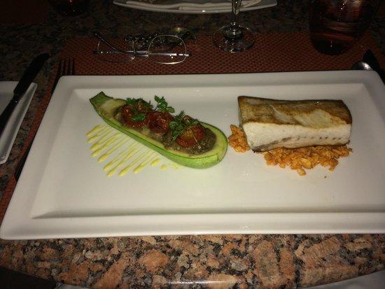 Kempinski Hotel San Lawrenz : Dinner of stuffed zucchini and roast loin of pork