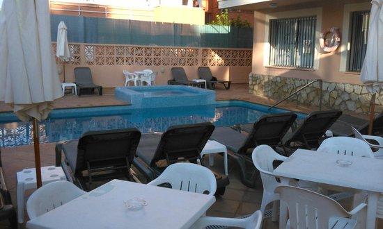 Martinez Apartments: Pool Area