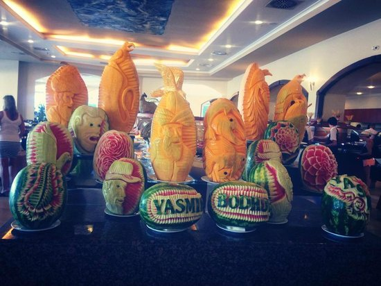 Yasmin Resort Bodrum: All inclusive restaurant decoration - Different everyday with different themes.