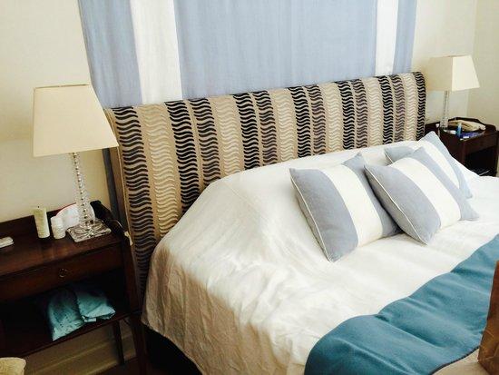 Astoria Hotel : chambre