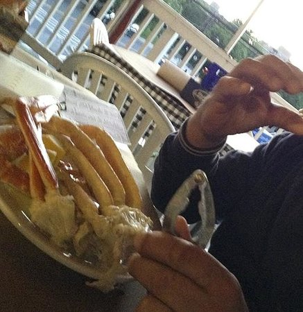 Steamers Seafood House: cangrejos y cerveza en Bethesda