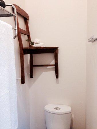 Tuck Inn Yarra Valley: Cute bathroom