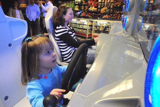 Six Flags Great Escape Lodge & Indoor Waterpark: Arcade