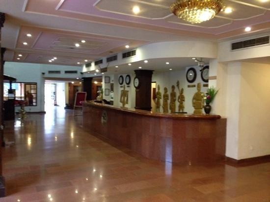 Hotel Vaishali : レセプション