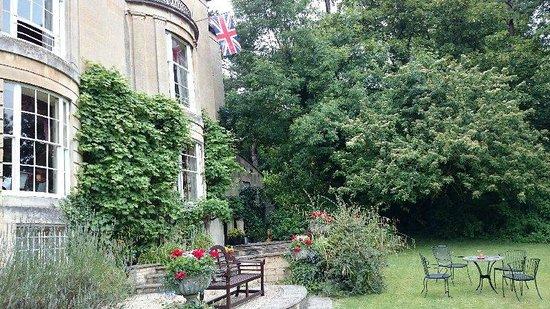 Bailbrook Lodge : Garden