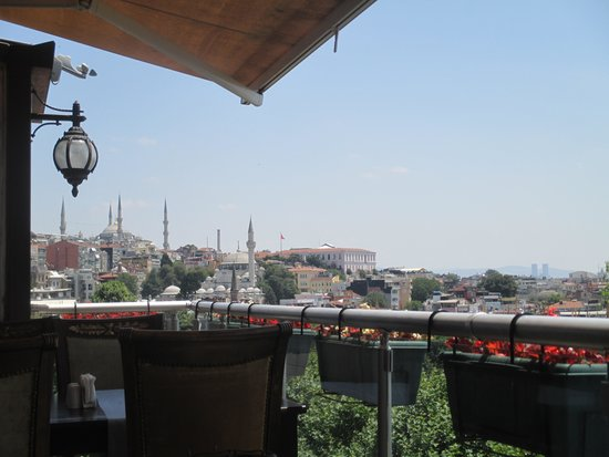 Ottoman Hotel Park: Terraza del restaurante