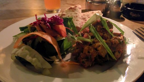 Black olives cafe and bar: Chicken Choila