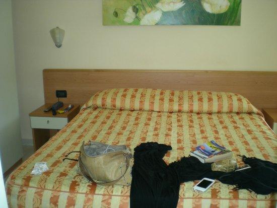 Hotel Riviera Blu : Bedroom