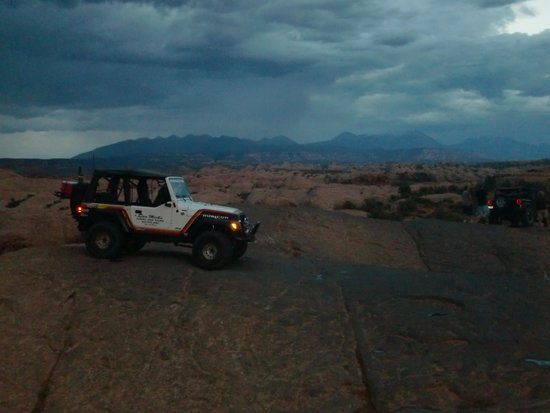Dan Mick's Guided Jeep Tours: Stormy evening on the trail