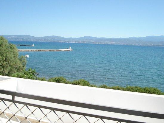 Negroponte Resort Eretria : De la chambre mer à l'horizon.