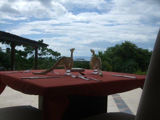Villa Buena Onda: The dining experience is scrumptious!