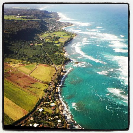 Outrigger Reef Waikiki Beach Resort: helicopter ride we went on, Do it, best thing ever! :D