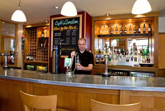 Bedford Hotel : Cafe London