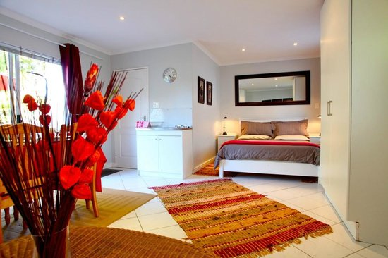 Constantia Cottages : Cottage Chardonnay - Bedroom