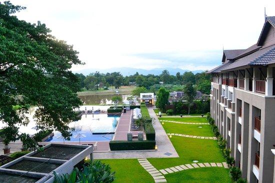 Le Meridien Chiang Rai Resort: Pool/river view from 4th floor room