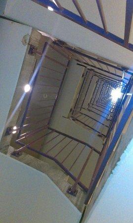 CABINN Metro: Лестница