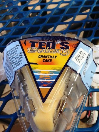 Ted's Bakery: Chantilly cake