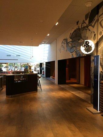 Novotel Milano Linate Airport: Foyer