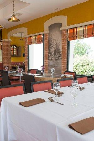 Kyriad Avignon - Courtine Gare: restaurant
