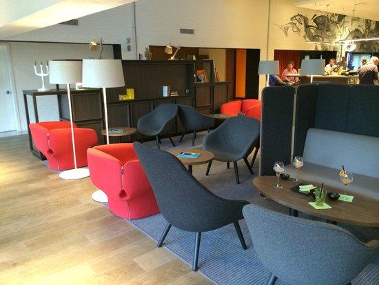 Novotel Milano Linate Airport: Bar