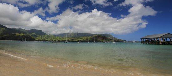 Hanalei Beach: the bay