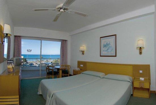 Hotel Riu Concordia: Room