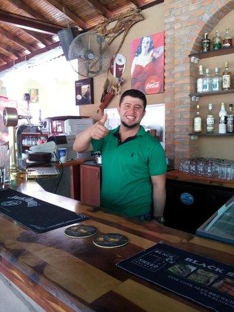 Lemon Tree Hotel : Bar
