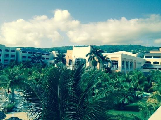 Iberostar Rose Hall Beach Hotel: view of main lobby from 2225