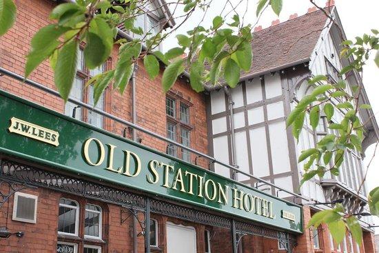 Old Station Hotel: The Old Station