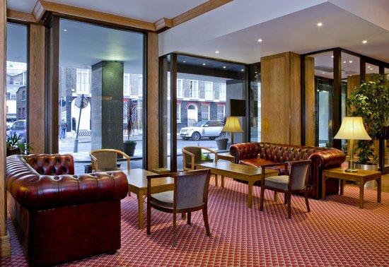 President Hotel: Lobby area