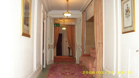 The Ritz London: Corredor