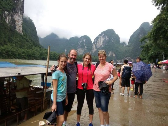 Yangshuo Private Tour-Day Tour: Peter family at Li-River.