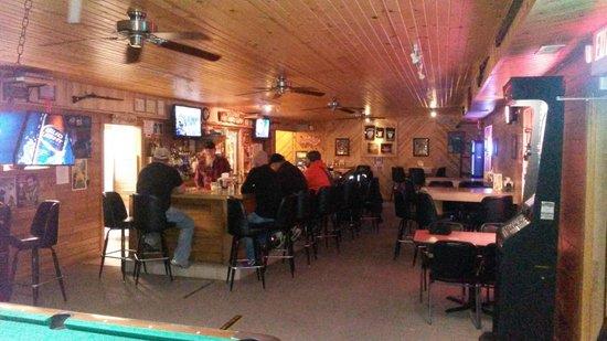 Wild North Saloon & Motel : Saloon with full menu