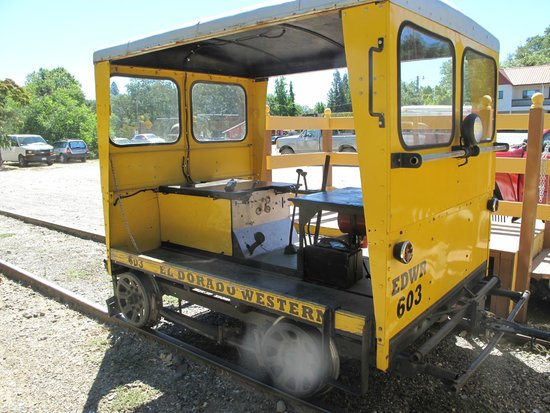 Shingle Springs, Kalifornien: track car- used to haul workers to job sites