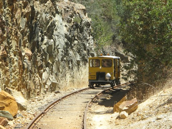 El Dorado Western Railroad: meander through time