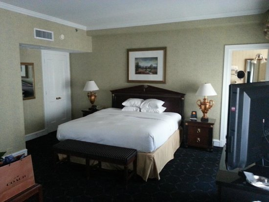 The Drake Hotel: King Suite at The Drake