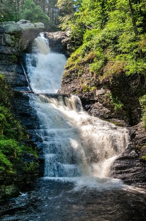 Middle Raymondskill Falls