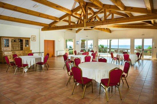 Best Western Hotel Paradou Mediterranee : Salle de réception