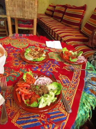 Dunes & Desert Exploration : Lovely food cooked for us at the riad