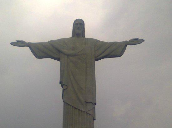 Statue du Christ Rédempteur : de braços abertos