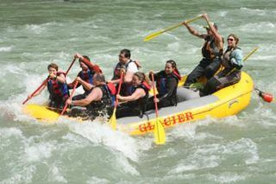 Glacier Raft Company : 6-30-14 bonecrusher rapid