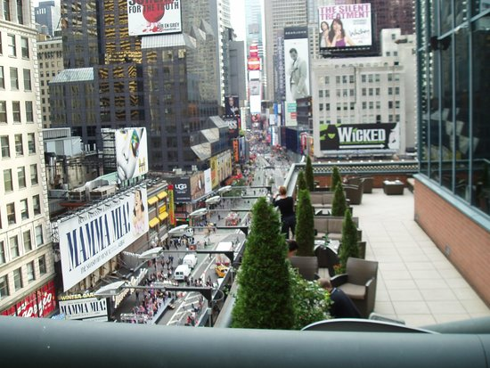Novotel New York Times Square : View from bar terrace