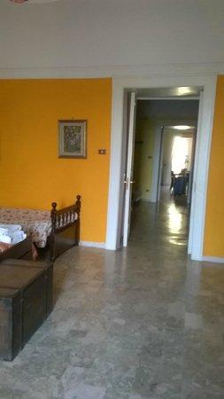 La Pennichella Sorrentina: Camera principale + camera secondaria + salotto e soggiorno