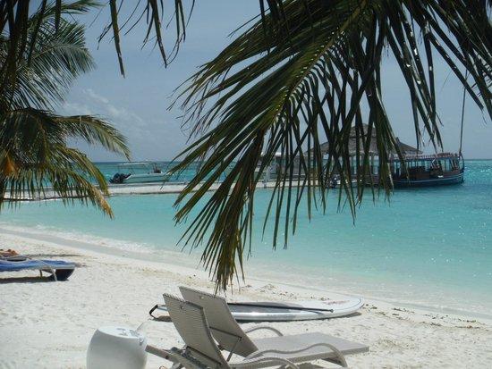 Holiday Inn Resort Kandooma Maldives : The jetty