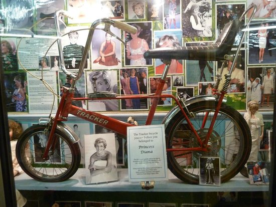 House on the Hill Toy Museum: Lady Di bicycle