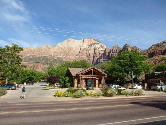 Quality Inn at Zion Park: Nahe zum Eingang des Zion National Park