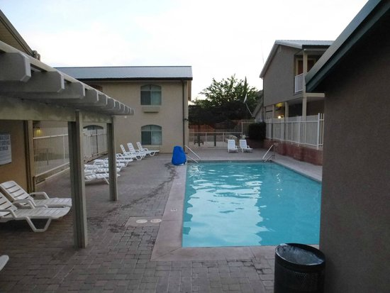 Quality Inn at Zion Park: Pool