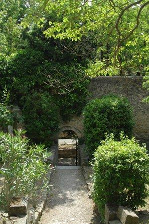 Hostellerie de l'Abbaye de Frigolet : les alentours