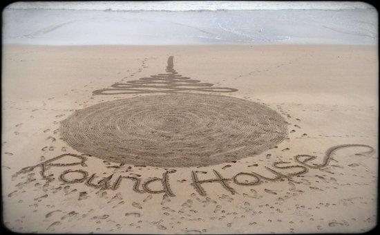Round House: Paul's handiwork on the beach